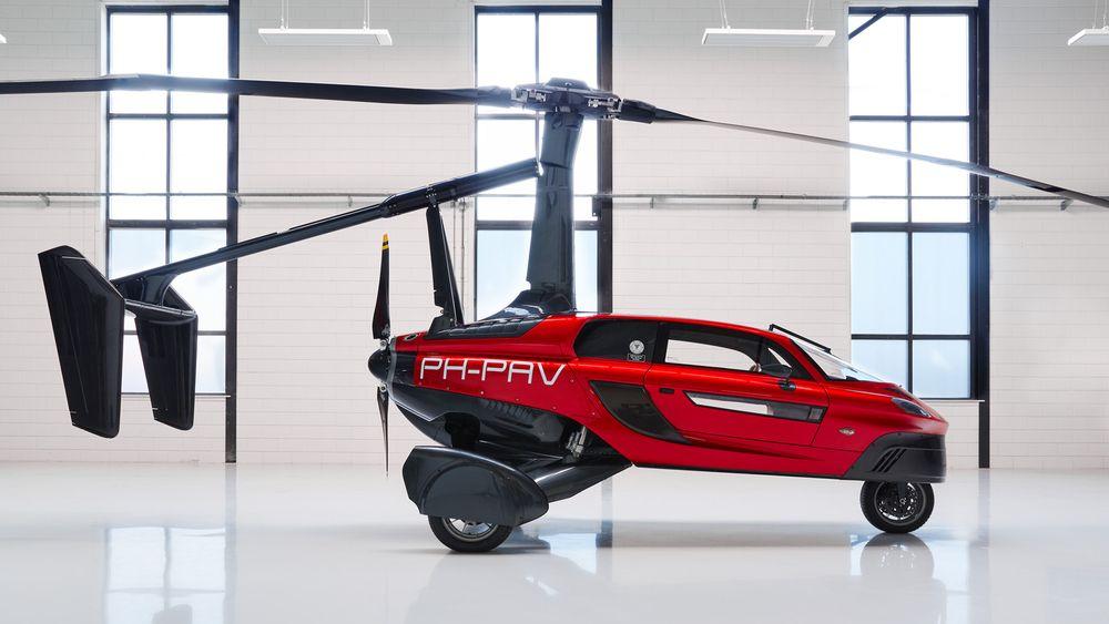 - Vi selger til endel samlere, som ønsker å sikre seg en versjon av verdens første flyvende bil, sier COO Marco Van Den Bosch.