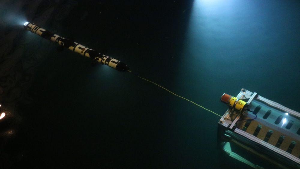 Den første testen beviste at alt fungerer som det skal. Åtte thrustere sørger for fremdrift og stabilitet.