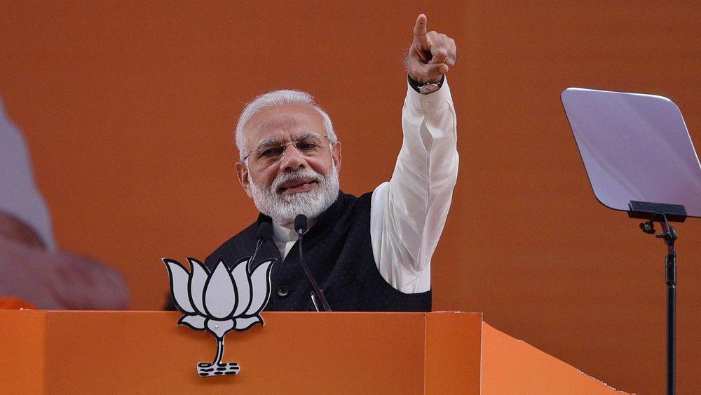 – Sol vil bli grunnlaget for en ny økonomi i en ny verden, sier Nerandra Modi.