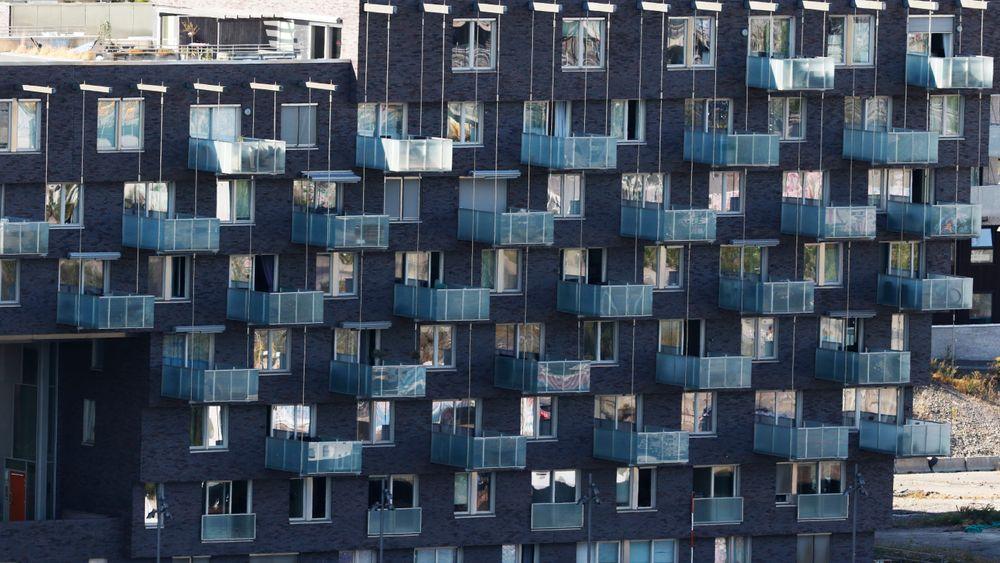 Leiligheter på Sørenga i Oslo. Boligprisoppgangen fortsatte med moderat vekst i juli til sammen steg prisene med 0,4 prosent justert for sesongvariasjoner, ifølge Eiendom Norges statistikk. Oslo hadde den største økningen, med 1,9 prosent.