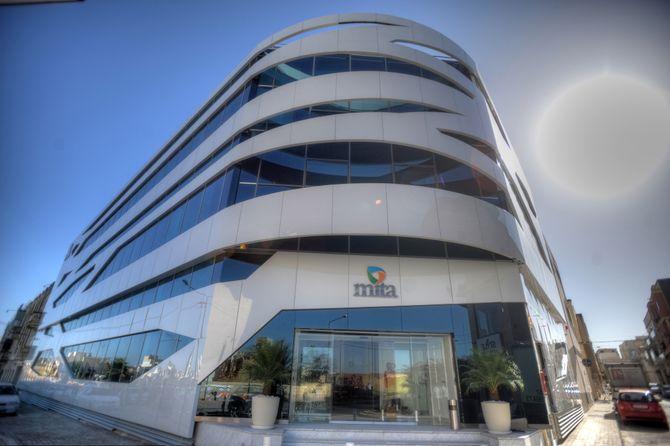 MITA Data Centre i Santa Venera, Malta, har en design som ifølge nominasjonen skal gi assosiasjoner til tilkoblingsmuligheter gjennom ulike teknologimedier, inkludert kretskort, programvareprosesser og internett generelt.
