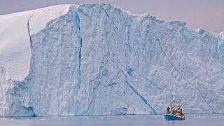 Ny studie: Isen på Grønland smelter fire ganger så raskt som i 2003