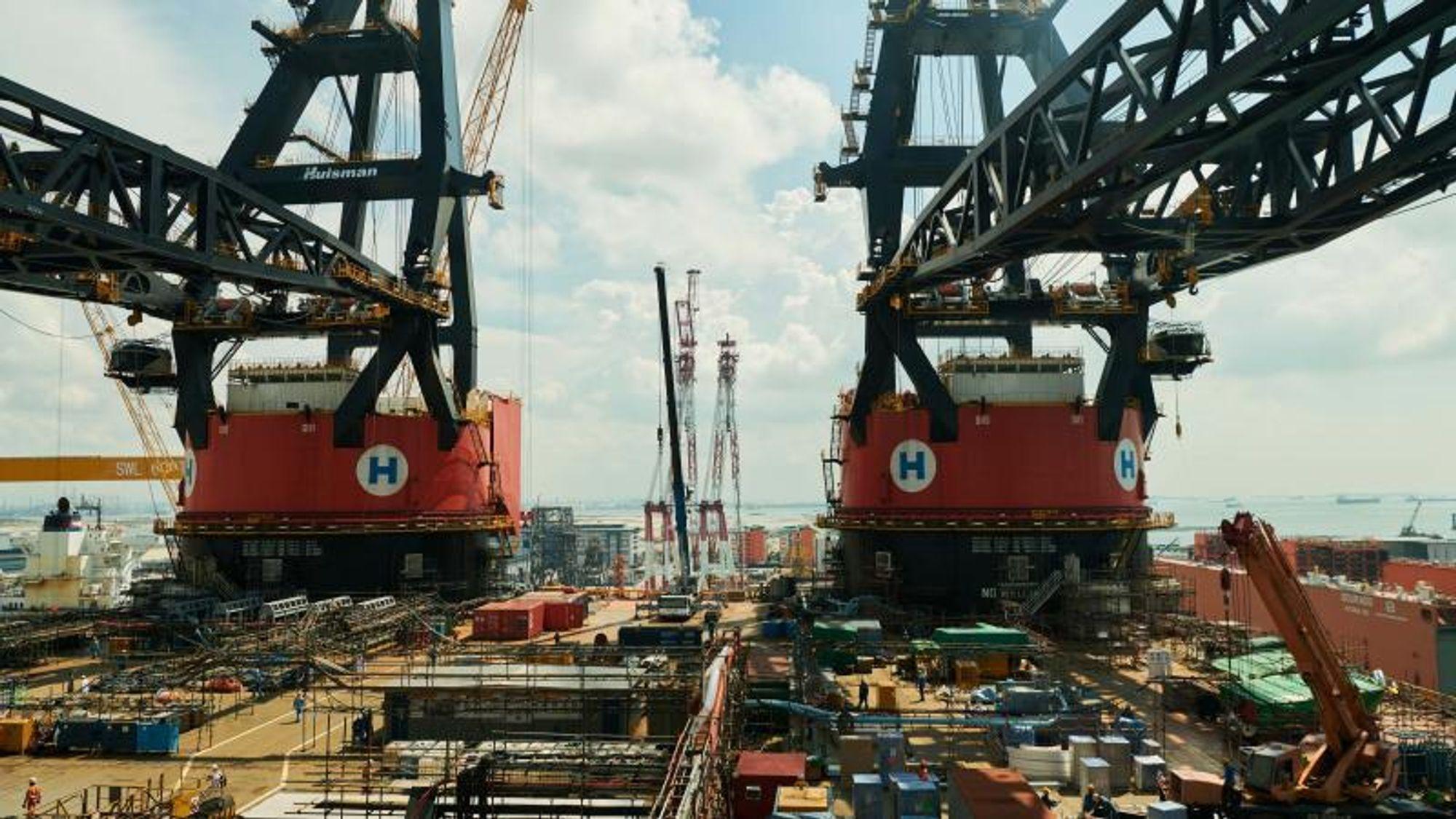 – Sleipnir er et godt eksempel på den typen spesialfartøy som to konkurrerende Singapore-verft har gjort til sin nisje i kampen mot statsstøttede verft med lavtlønnet arbeidskraft; særlig i Kina og Syd-Korea.