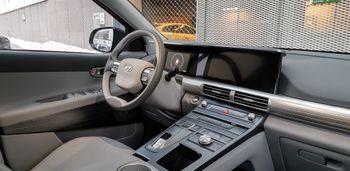 Interiøret i Hyundai Nexo har mange knapper.
