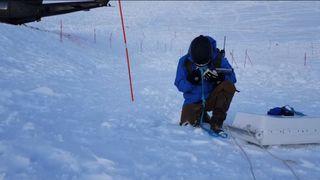 Snowvision rakk  bare å søke 3 mål av raset i Tamokdalen før de måtte avblåse på grunn av økt rasfare.