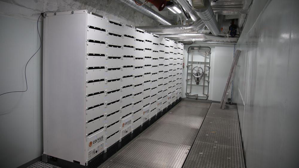 Corvus har levert store batterimoduler til Hurtigrutens ekspedisjonsskip, som nå bygges ved Kleven.