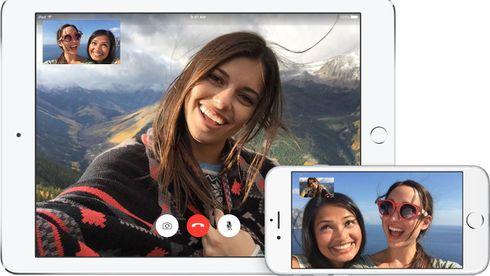 Folk som snakker med hverandre via FaceTime på iPad og iPhone.