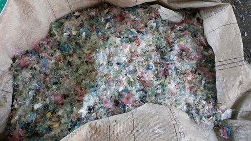 Kina har stanset importen: Nå sliter verden med å bli kvitt plastsøppel