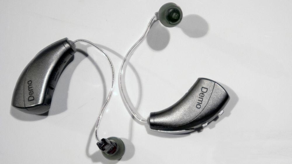 Disse øreproppene kan assistere folk som er på reise, med tolketjenester
