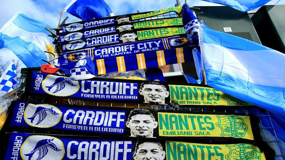 Cardiff, som slo Bournemouth 2-0 lørdag, hyllet Emiliano Sala på denne måten i forkant av kampen.