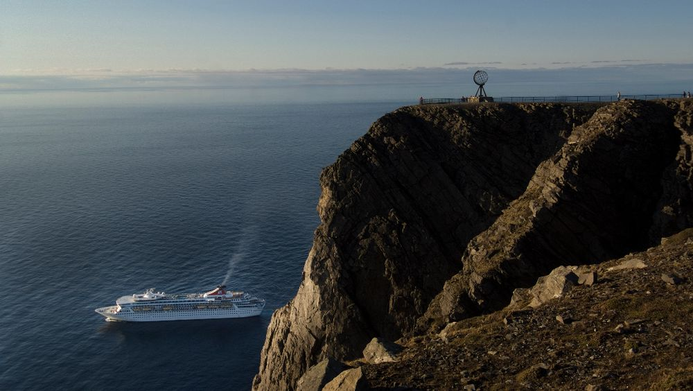 Nordkapp og 14 andre kommuner i Nord-Norge har signert en kronikk hvor de skriver at de gjerne tar imot cruisetrafikk som blir utestengt fra verdensarvfjordene på grunn av miljøkrav fra 2026.