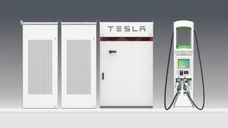 Electrify America kjøper Tesla-batterier til ladestasjoner.