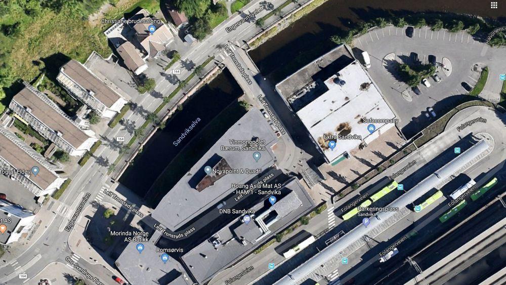 Her mellom togstasjonen og Sandikselva ønsker Viken å bygge hovedkvarteret til det nye storfylket.