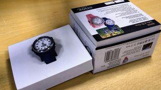 GPS-klokken ENOX Safe-KID-One i produkteske