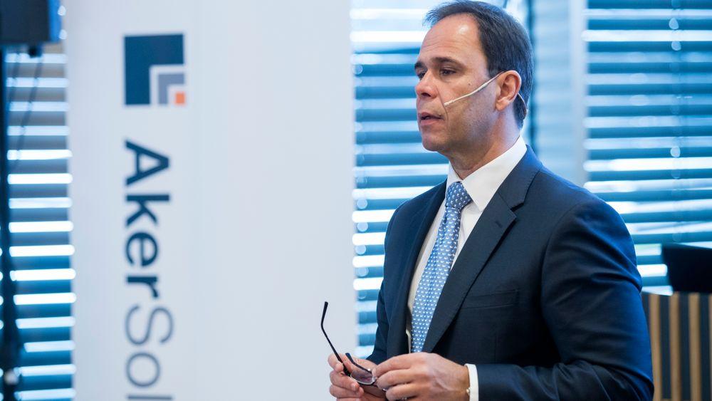 CEO Luis Araujo  under presentasjonene av kvartalstallene for Aker Solutions onsdag morgen.