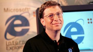 Microsoft-gründer Bill Gates under lanseringen av Internet Explorer 4 i 1997.