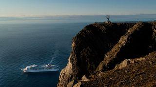 Hurtigrute-sjefen: Nord-Norge bør si nei til cruiseskip og rederier som nekter å droppe tungolje