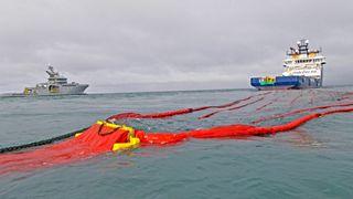 Riksrevisjonen kritiserer oljevern i nord: Utstyret er ikke dimensjonert for vær, bølger, is og mørketid