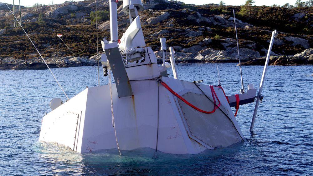 Politiet kommer ikke i havn med KNM Helge Ingstad-etterforskningen innen fristen de ga seg selv.