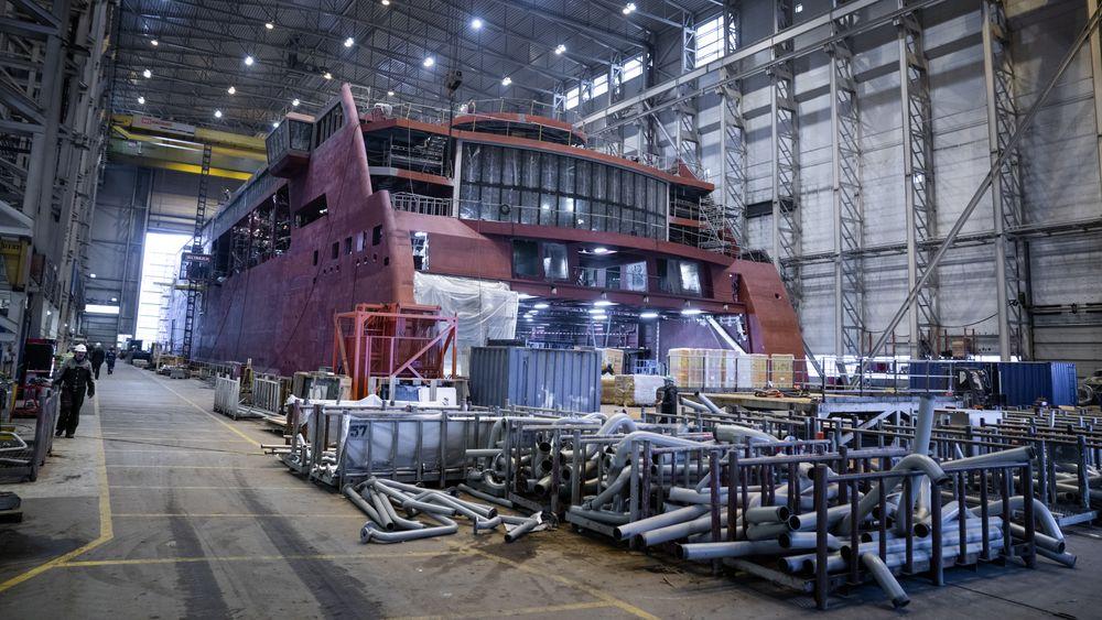 Color Hybrid, Ulstein Verft. Ett av eksemplene på at moderne teknologi tas i bruk for å redusere utslipp. Verftene kan få mye å gjøre om 7000 skip skal bygges om eller erstattes av nybygg innen 2030.