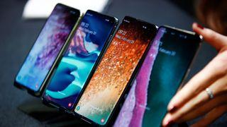 Samsung Galaxy S10e, S10, S10+ og Samsung Galaxy S10 5G.