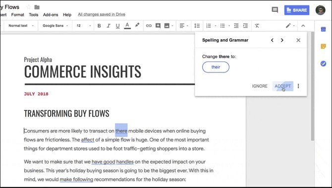 Eksempel på hvordan grammatikkontrollen i Google Docs fungerer på engelsk.