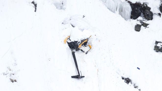 Røldal-ulykken: Studerer videoopptak av helikopteret og snakker med andre flygere