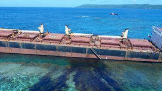 Oljeutslipp truer korallrev ved verdensarv-område