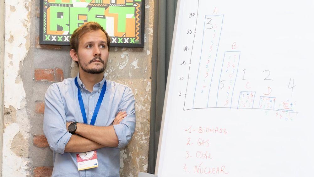 Eirik Eide Pettersen, teknologisjef i det danske oppstartselskapet Seaborg Technologies, står på Forbe's liste «30 under 30».