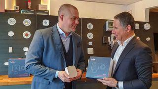 Mer aktivitet i alarmstasjonen: Administrerende direktør i Safe4, Bjørge Kraft og Nadir Nalbant fra Homely.