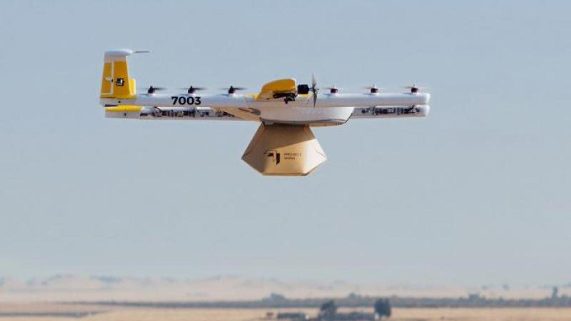 Drone fra Wing tester pakkeleveranser i Australia.