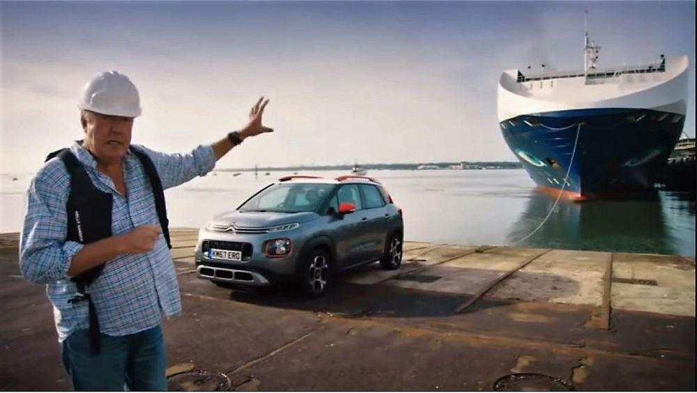 Jeremy Clarkson prøver å trekke bilskipet Neptune Galene på 11.000 dødvekttonn med en C3 Aircross på 1200 kilo.