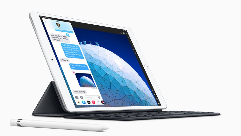 Apple iPad Air kan utvides med et såkalt Smart Keyboard og skjermpennen Apple Pencil.