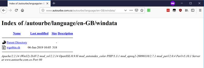 Bildet viser at en skriptfil som ble brukt til spredningen av den nye Mirai-varianten, fortsatt lå på webserveren til det colombianske selskapet i går.