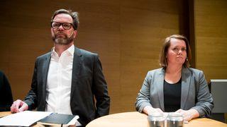 Hydros finansdirektør Eivind Kallevik og Bente Hoff hos Nasjonal sikkerhetsmyndighet redegjorde tirsdag ettermiddag for dataangrepet Norsk Hydro er utsatt for.