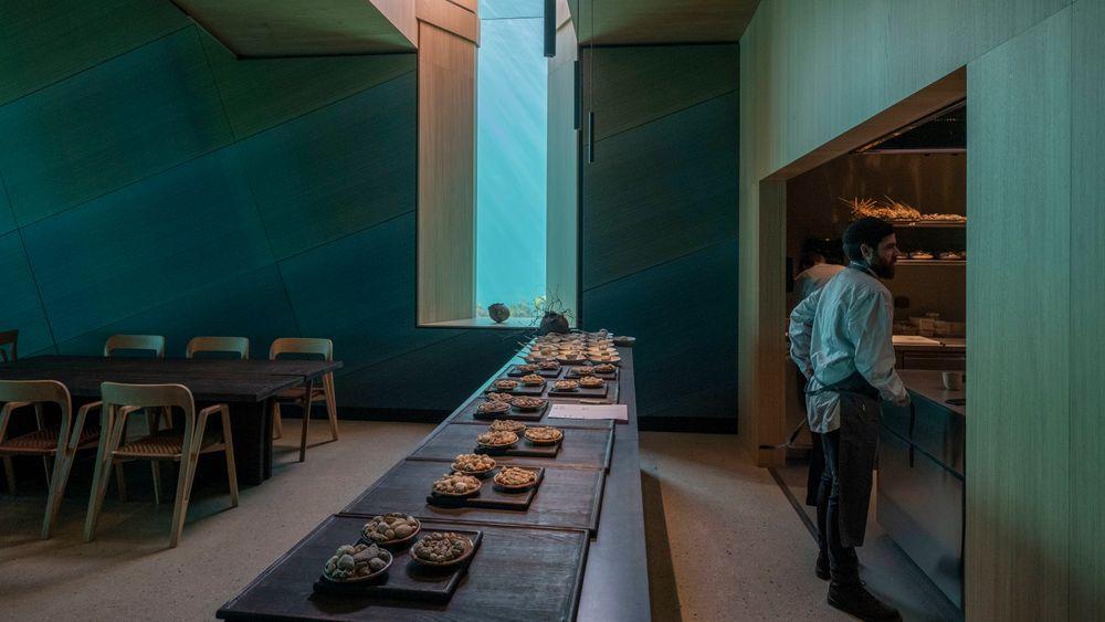 Det er bare plass til 40 gjester. Restauranten er fullbooket langt inn i 2020.