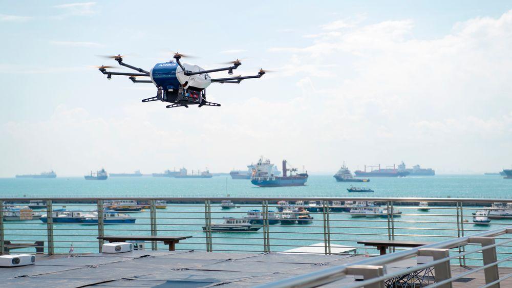 Dronetransporten til skip er en del av Airbus' prosjekt for å bruke droner i bymiljøer.