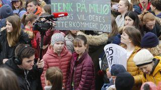 – Vi er lei av at ingenting skjer: Tusenvis av ungdommer streiker for klimaet