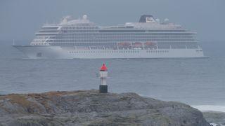 Cruiseskipet kjører for egen maskin mot Molde – 479 er evakuert
