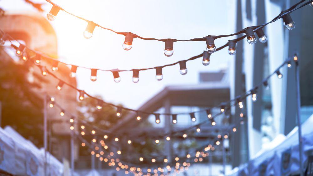 Forbudet mot glødepærer i EU har redusert strømforbruket til belysning, og dermed behovet for å spare strøm ved hjelp av sommertid.
