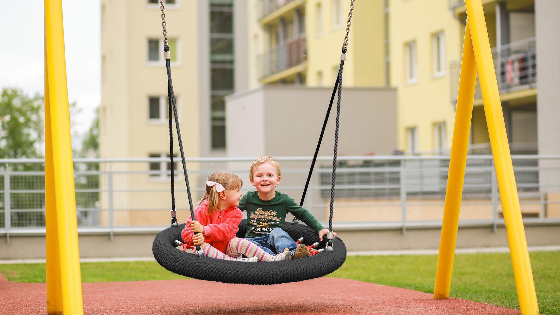 33f72d50d Leken er noe av det viktigste for barns utvikling - det tar vi på ...