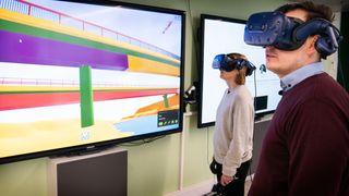 Bygger to broer helt uten bruk av tegninger, og 3D-modellene bygges i VR