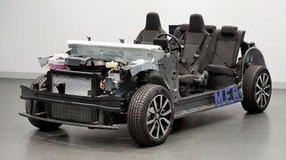 Et chassis med MEB-plattform.
