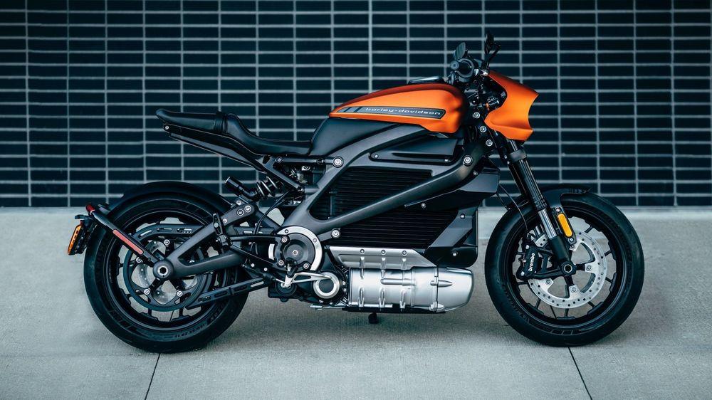 Også motorsyklene blir elektriske. Her representert ved Harley Davidson Livewire