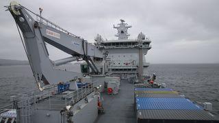 Se video fra innsiden av KNM Maud: Bli med om bord i Norges største marinefartøy