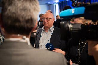 Leder av Landsalget for Lokalaviser (LLA), Rune Hetland, under fremleggelse av mediestøttemeldingen.