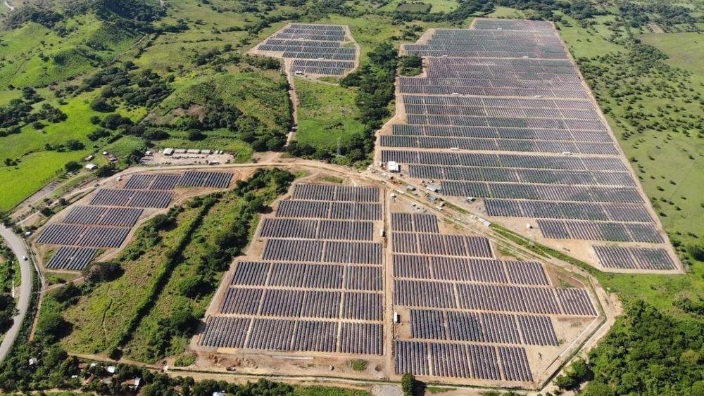Mindre slikt? Scatec Solar har fått mye støtte til store solkraftanlegg. Her fra Los Prados i Honduras.