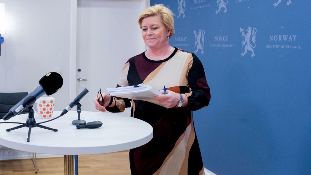 Finansminister Siv Jensen presenterer melding om Statens Pensjonsfond 2019 fredag ettermiddag.