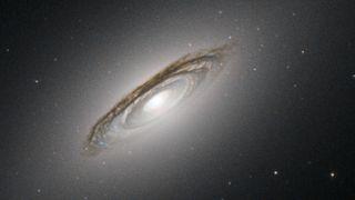 Forskernes teorier: Hvorfor finner vi ikke intelligent liv i universet?