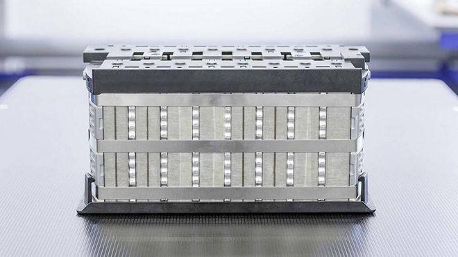 Innolith hevder at det nye batteriet deres gir elbiler rekkevidde på 1000 kilometer